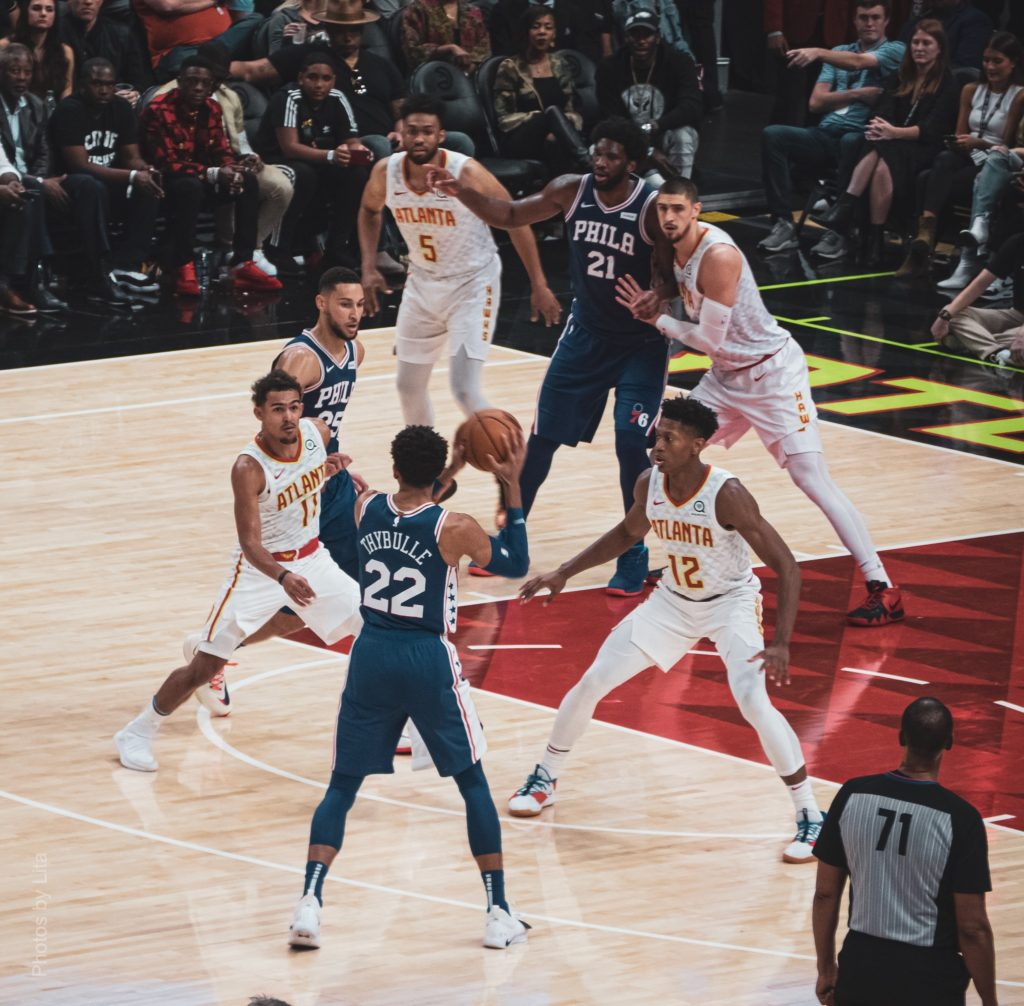 Hawks suffer first loss of the season to the 76ers 103-105